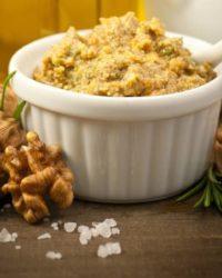 Rezept für Brotaufstrich mit Walnüssen und Käse