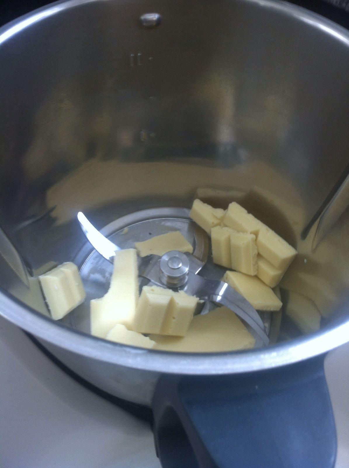 weisse proteinschokolade in sahnejoghurt Zubereitung