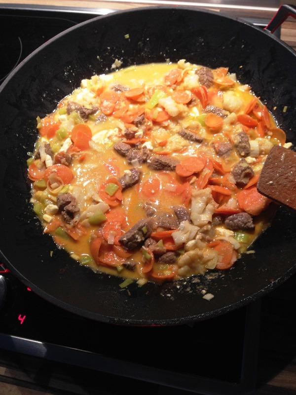 Beef Strange Curry Wok Rezept