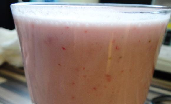 Erdbeer-Kokos Smoothie