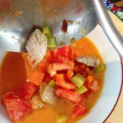 Serviervorschlag: Kalbfleisch mit Tomate Wok-Rezept