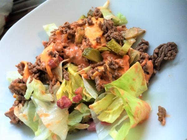 Low-Carb Big Mäggg Salat