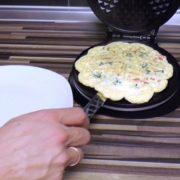 Low-Carb Ei aus dem Waffeleisen