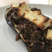 Leckere Aubergine mit Hackfleisch und Fetakäse