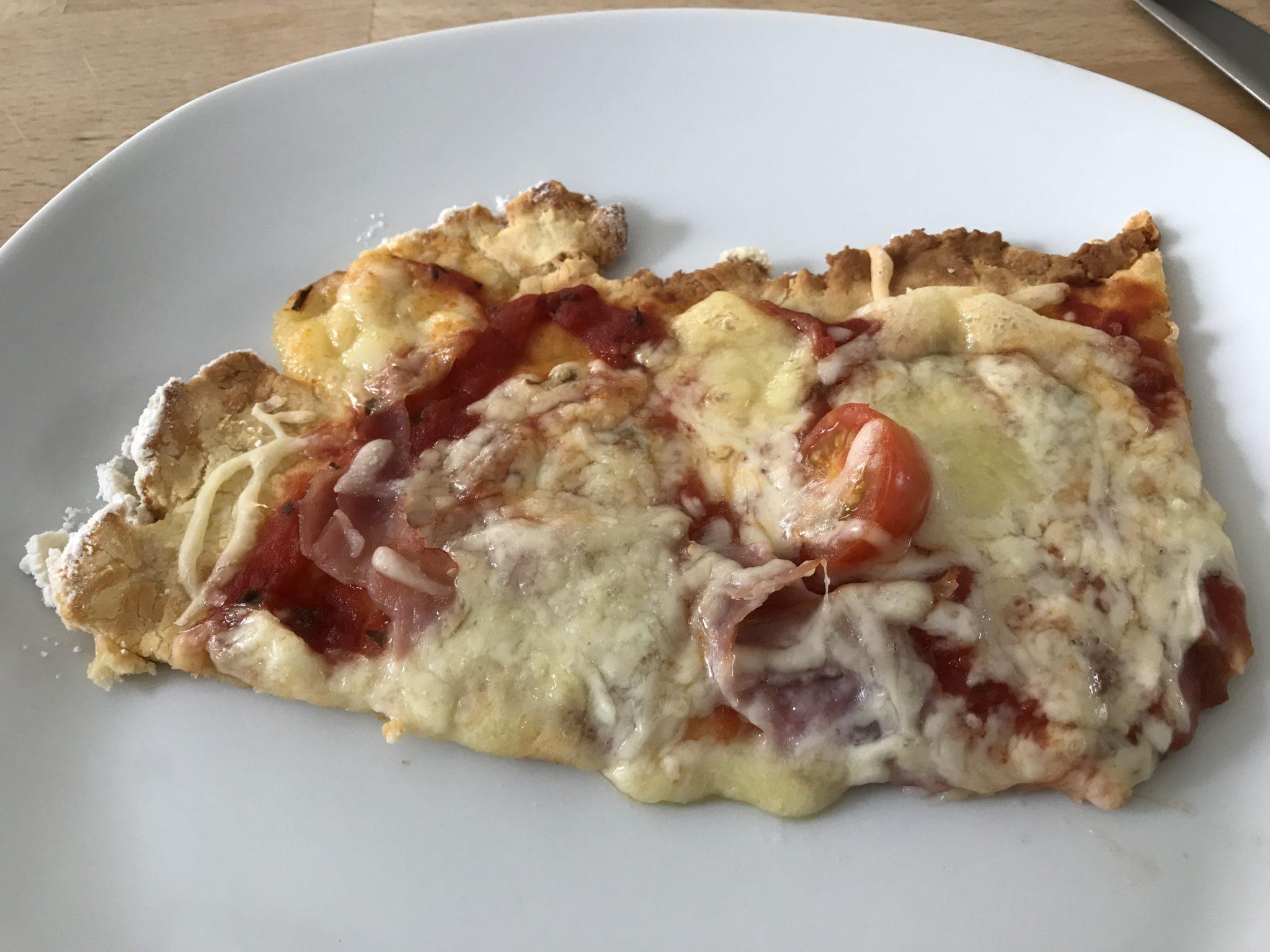 Keto Pizza Rezept mit Bambusfasern