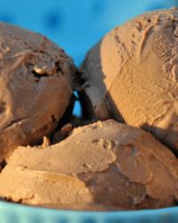 Leckeres Low-Carb Nuss-Nougat Eis