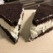Black and White Kuchen mit Kokoscreme
