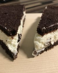 Black and White Kuchen mit Kokoscreme
