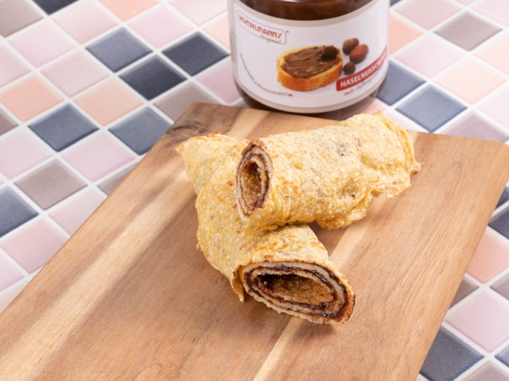 Low-Carb Crepes mit Haselnusscreme Füllung