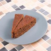 Haselnuss Kuchen mit Hy-Pro Allstars Cookies