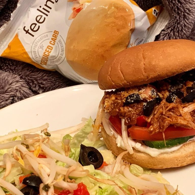 Rezeptbild Jackfrucht Burger mit FeelingOK Sandwich Buns