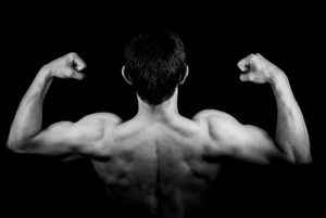 Breites Kreuz - Gezieltes Muskelaufbau Training für eine V-Form