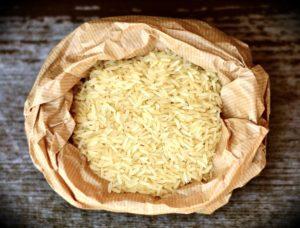 Kalter Reis zur Gewichtsreduktion