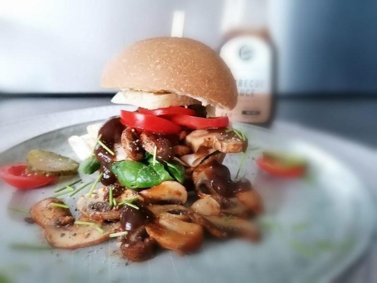 Frühstücks Burger mit FeelingOK Sandwich Brötchen zubereiten