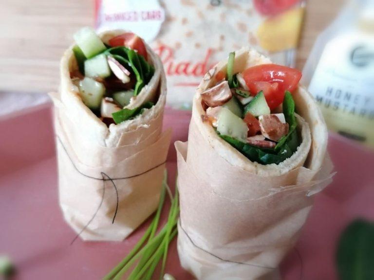 Zubereitung Gefüllter FeelingOK Protein Wrap Piadina