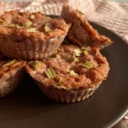 Rezept für Vegane Erdbeere Rhabarber Cheesecake Muffins